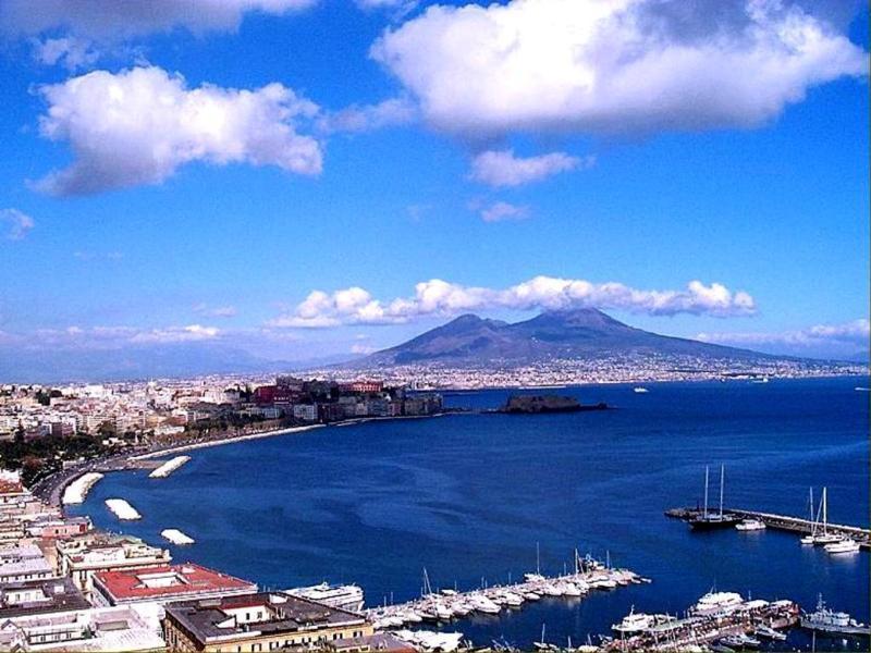 Ну и какая же поездка в Италию без посещения вечного города, столицы...